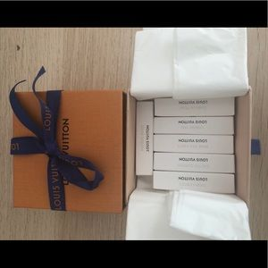 Louis Vuitton Gift Box With Fragance Samples